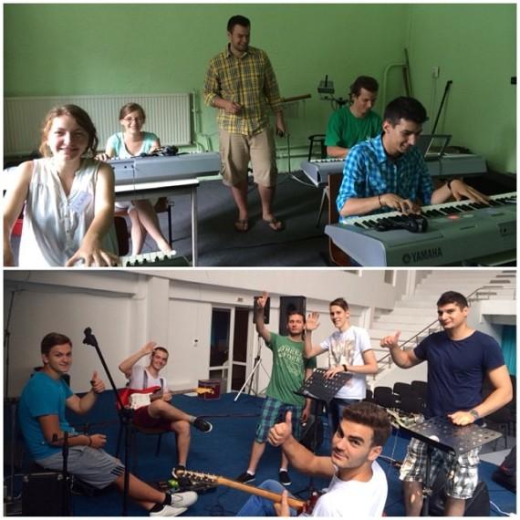Keyboard Class, Guitar Class
