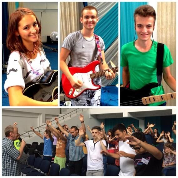Scoala Student Worship Times